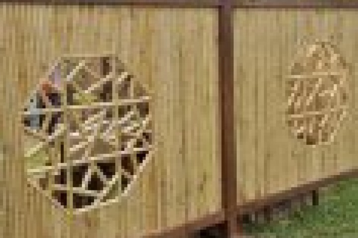 Marshalls Fencing and Welding Bamboo fencing 720 480