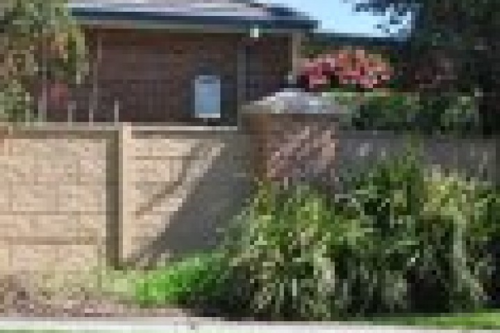 Trimlite Fencing Sydney Barrier wall fencing 720 480