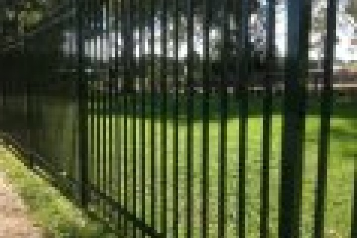 Your Local Fencer Boundary Fencing Aluminium 720 480