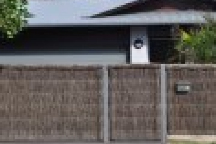 Marshalls Fencing and Welding Thatched fencing 720 480